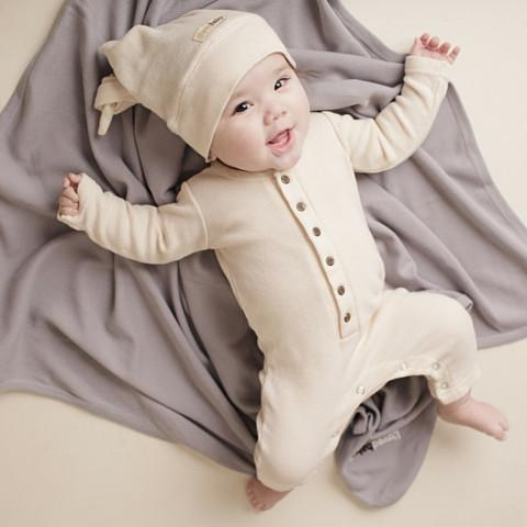 12 Adorable Affordable Organic Baby Clothing Brands For Your